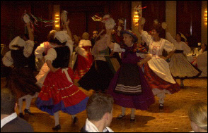 Members of Balliamo! dance la Tarantella Siciliana (2002)