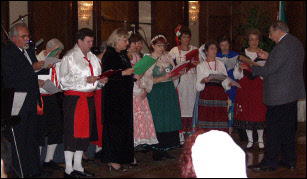 The IFAFA Choir singing Italian folk songs (2002)