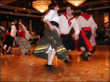 The dancers of Philadelphias Vivaci lead la Tarantella Montevergine (2002)