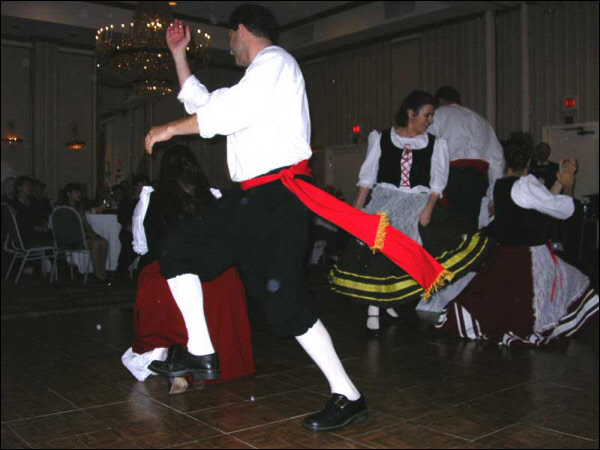 Vivaci! performs the lively Tarantella Tasso (2004)
